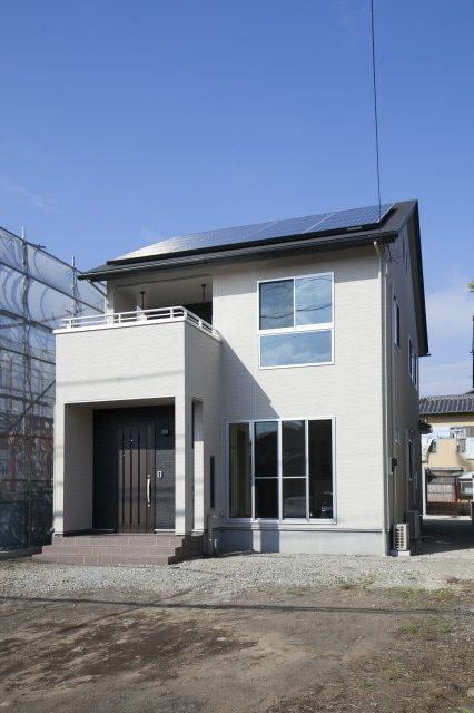 太陽光発電搭載のスタイリッシュモダンな家 富士市N様邸